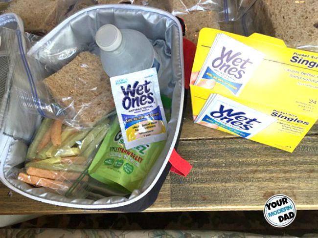 5 helpful tips when preparing school lunches