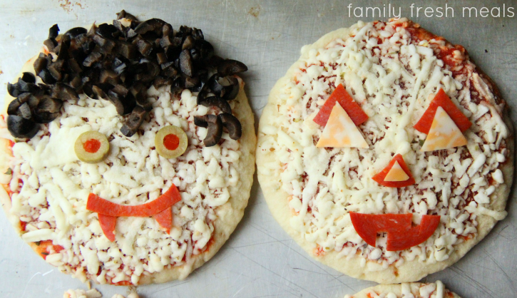 Halloween-Pizzas-vampire-and-pumpkin-pizzas-familyfreshmeals.com-
