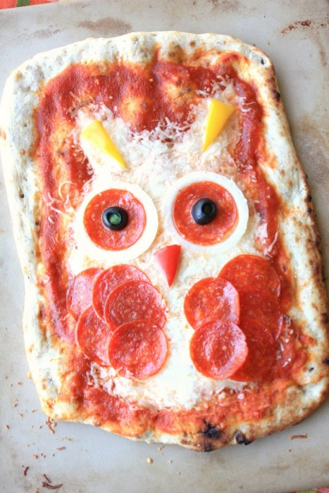Owl and frankenstein pizzas 015