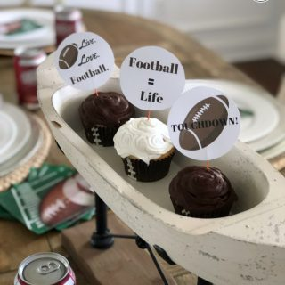 FREE football cupcake toppers & games for you!