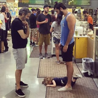 viral photo of dad teaches good lesson