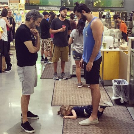 viral photo of dad teaches good lesson